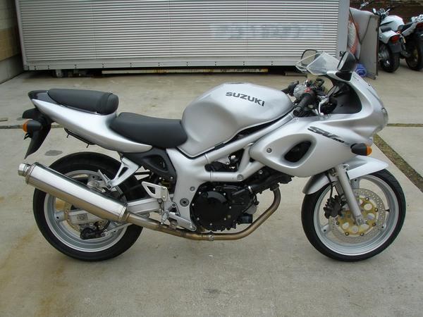Фотогалерея мотоцикла Suzuki (Сузуки) SV (СВ) 400S  - фото 7