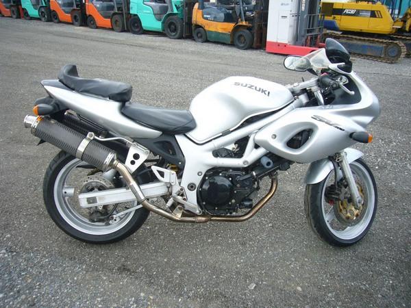 Фотогалерея мотоцикла Suzuki (Сузуки) SV (СВ) 400S  - фото 9