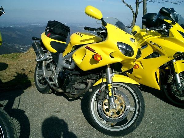 Фотогалерея мотоцикла Suzuki (Сузуки) SV (СВ) 400S  - фото 17