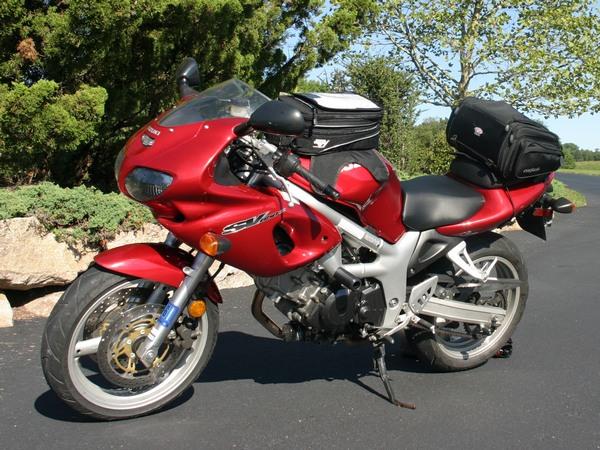 Фотогалерея мотоцикла Suzuki (Сузуки) SV (СВ) 400S  - фото 4