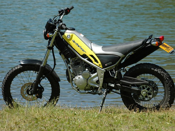 Фотогалерея мотоцикла Yamaha Tricker 250 - фото 1