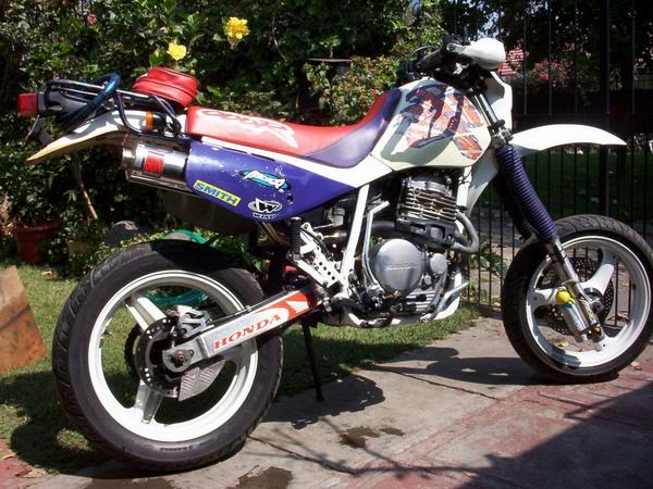 Фотогалерея мотоцикла Honda-XR-600 - фото 9