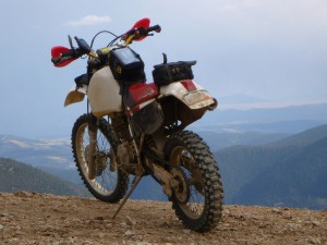 Honda XR 600 - мотоцикл класса эндуро