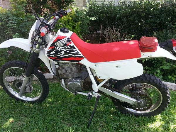 Фотогалерея мотоцикла Honda-XR-600 - фото 17