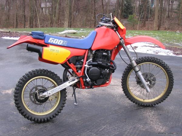 Фотогалерея мотоцикла Honda-XR-600 - фото 3