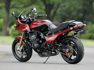 Средняя стоимость модели Kawasaki GPZ900R