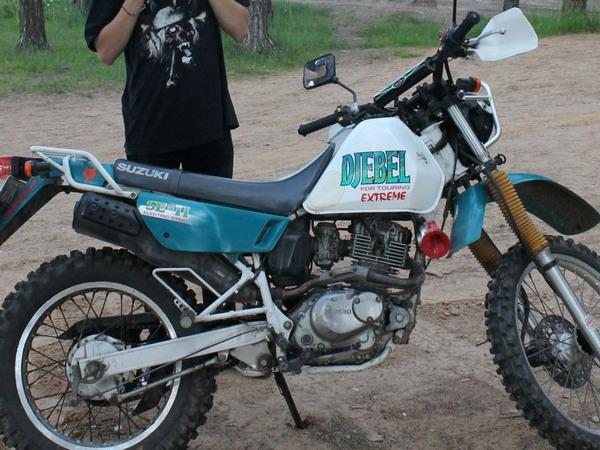 Фотогалкрея мотоцикла Suzuki Djebel (Cузуки Джебел) 200 - фото 8