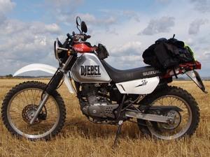 Конструкция мотоцикла Suzuki Djebel 200