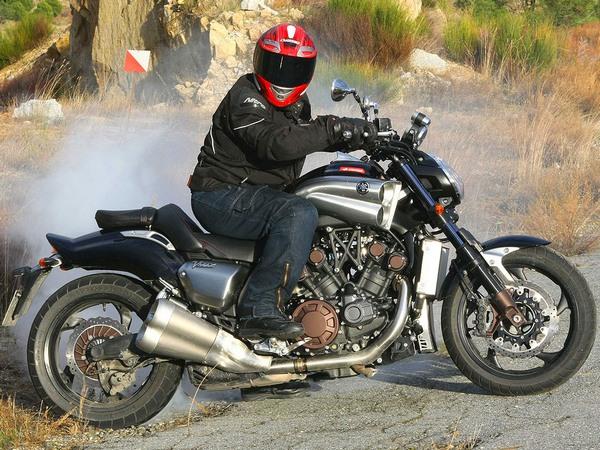 Фотогалерея мотоцикла Yamaha V Мах (Ямаха В Макс) - фото 2