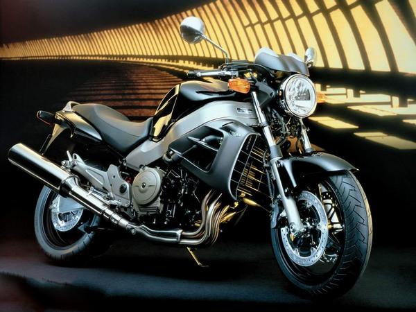 Фотогалерея мотоцикла Хонда Икс 11 - фото 8