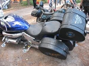 Различают несколько видов кофр для мотоцикла