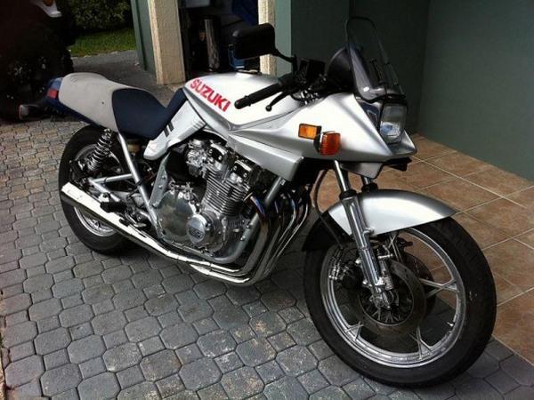 Фотогалерея мотоциклов Suzuki Katana (Cузуки Катана) - фото 14