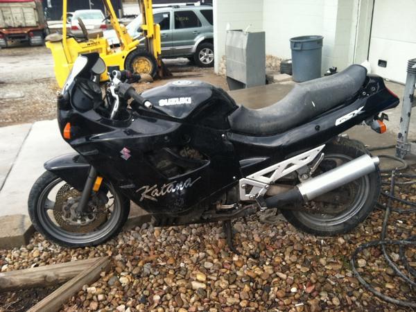Фотогалерея мотоциклов Suzuki Katana (Cузуки Катана) - фото 15