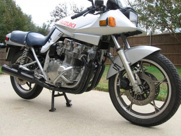 Фотогалерея мотоциклов Suzuki Katana (Cузуки Катана) - фото 17