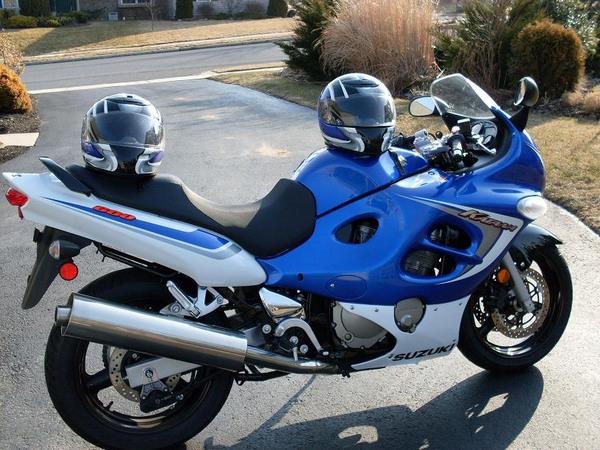 Фотогалерея мотоциклов Suzuki Katana (Cузуки Катана) - фото 20