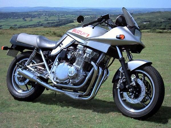 Фотогалерея мотоциклов Suzuki Katana (Cузуки Катана) - фото 23