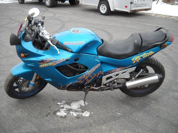 Фотогалерея мотоциклов Suzuki Katana (Cузуки Катана) - фото 26