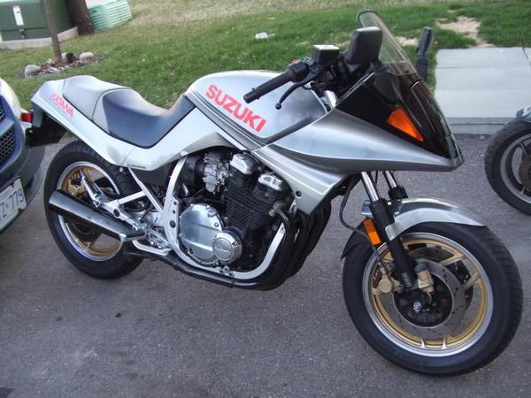 Фотогалерея мотоциклов Suzuki Katana (Cузуки Катана) - фото 1