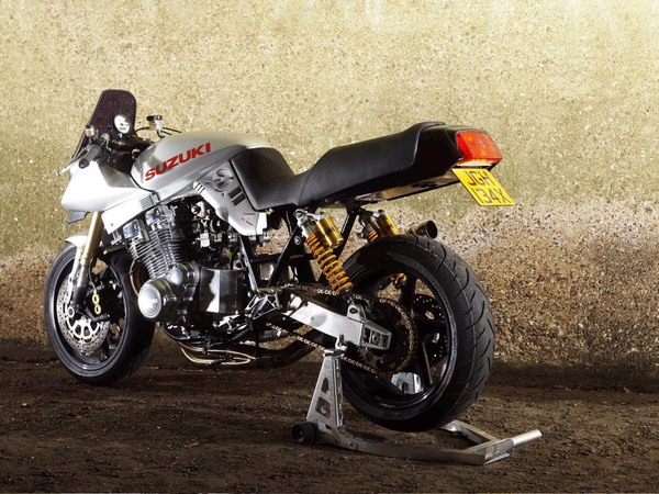 Фотогалерея мотоциклов Suzuki Katana (Cузуки Катана) - фото 2