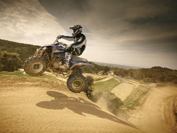 Фотогалерея квадроцикла Yamaha Raptor 250 R  - фото 9