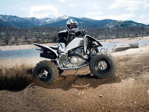 Фотогалерея квадроцикла Yamaha Raptor 250 R  - фото 15