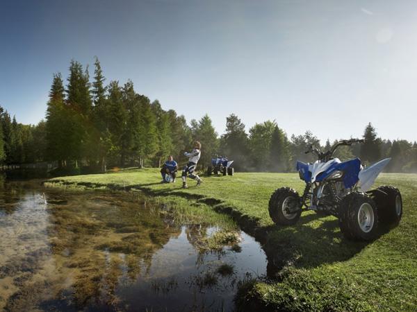 Фотогалерея квадроцикла Yamaha Raptor 250 R  - фото 2
