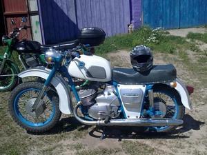 Описание внешности мотоцикла ИЖ Юпитер 3