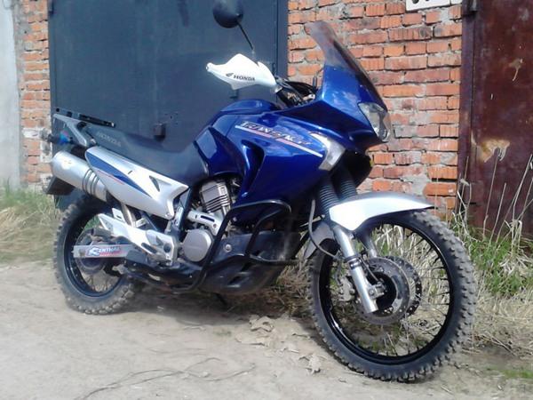 Фотогалерея мотоцикла Honda Transalp (Хонда Трансальп) 650 - фото 5
