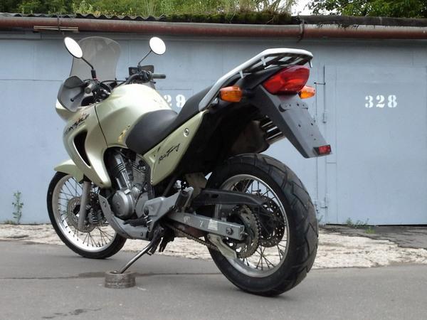 Фотогалерея мотоцикла Honda Transalp (Хонда Трансальп) 650 - фото 6