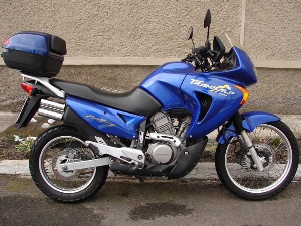Фотогалерея мотоцикла Honda Transalp (Хонда Трансальп) 650 - фото 7
