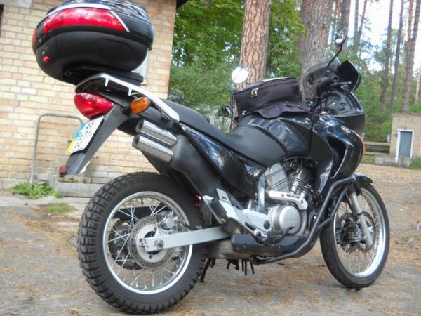 Фотогалерея мотоцикла Honda Transalp (Хонда Трансальп) 650 - фото 10