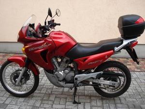 Особенности модели Honda Transalp 650