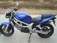 Сузуки СВ 400 - мотоцикл с интересным дизайном