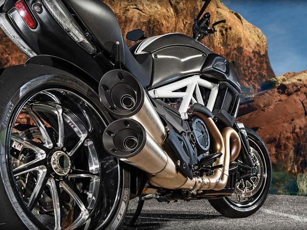 Фотогалерея мотоцикла Ducati Diavel (Дукати Дьявол) - фото 5
