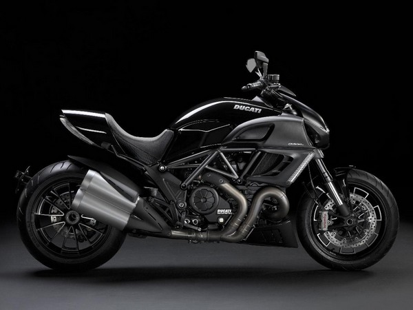Фотогалерея мотоцикла Ducati Diavel (Дукати Дьявол) - фото 8