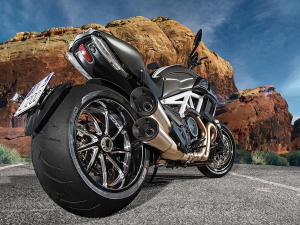 Фотогалерея мотоцикла Ducati Diavel (Дукати Дьявол) - фото 3