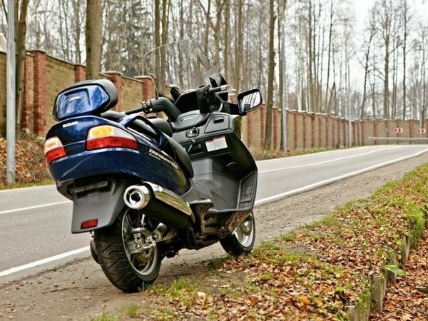 Фотогалерея макси скутера Suzuki Burgman (Skywave) 650 - фото 8