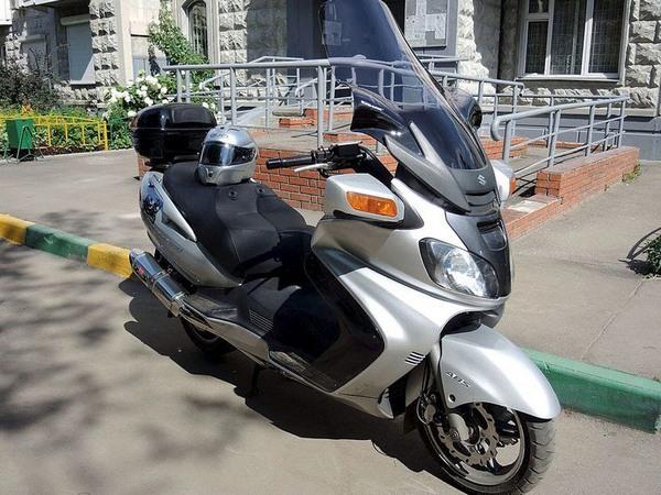 Фотогалерея макси скутера Suzuki Burgman (Skywave) 650 - фото 10