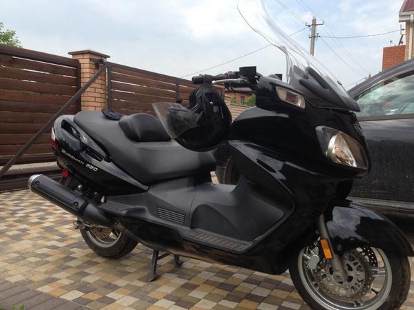 Фотогалерея макси скутера Suzuki Burgman (Skywave) 650 - фото 14