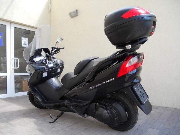 Фотогалерея макси скутера Suzuki Burgman (Skywave) 650 - фото 21