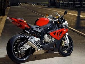Ориентировочная стоимость BMW S1000 RR