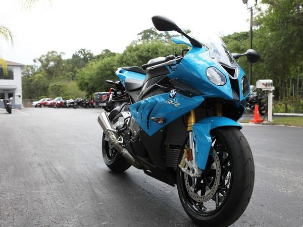 Фотогалерея мотоцикла BMW S 1000 RR (БМВ С 1000 РР) - фото 20