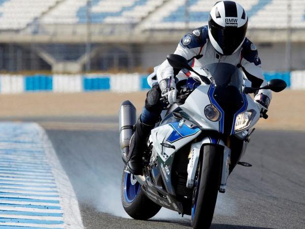 Фотогалерея мотоцикла BMW S 1000 RR (БМВ С 1000 РР) - фото 12
