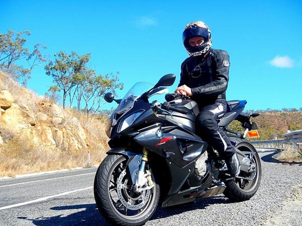Фотогалерея мотоцикла BMW S 1000 RR (БМВ С 1000 РР) - фото 2