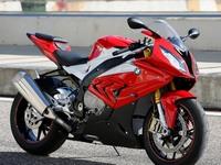 Обзор спортивного мотоцикла от BMW - 1000 RR