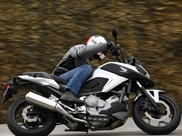 Фотогалерея  мотоцикла Honda NC750X - фото 6