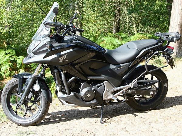 Фотогалерея  мотоцикла Honda NC750X - фото 8