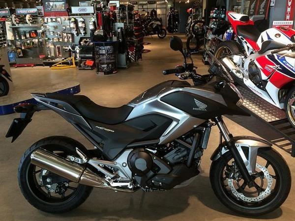Фотогалерея  мотоцикла Honda NC750X - фото 9