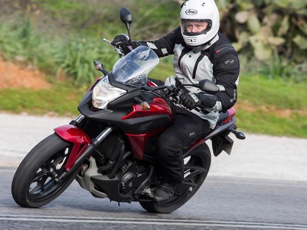 Фотогалерея  мотоцикла Honda NC750X - фото 12