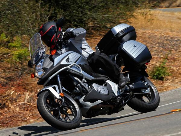 Фотогалерея  мотоцикла Honda NC750X - фото 1